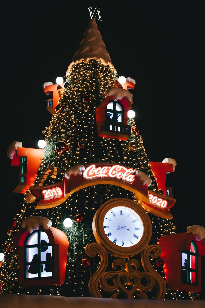 Non-Traditional And Fun Ways To Celebrate This Christmas Eve