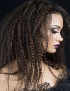 Chic crimped hairstyles to impress your boyfriend