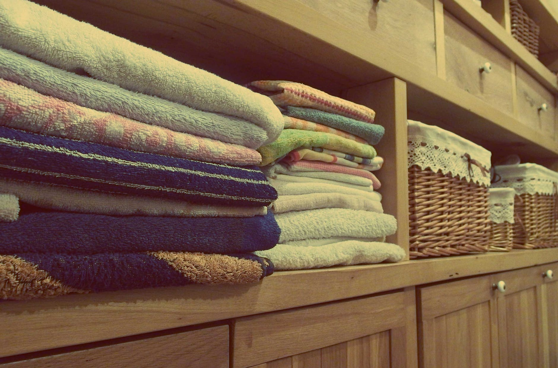 How To Keep Your Clothes Bright And Clean?